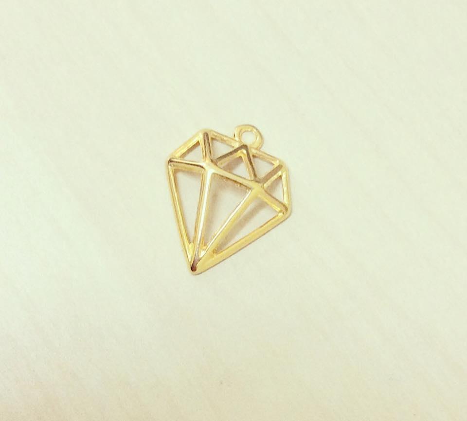 Diamante Dourado