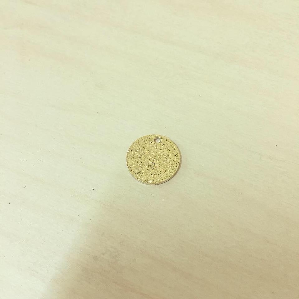 Medalha Dourada Brilho