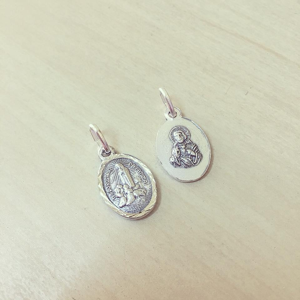 Medalha Oval Pequena Nossa Senhora de Fátima