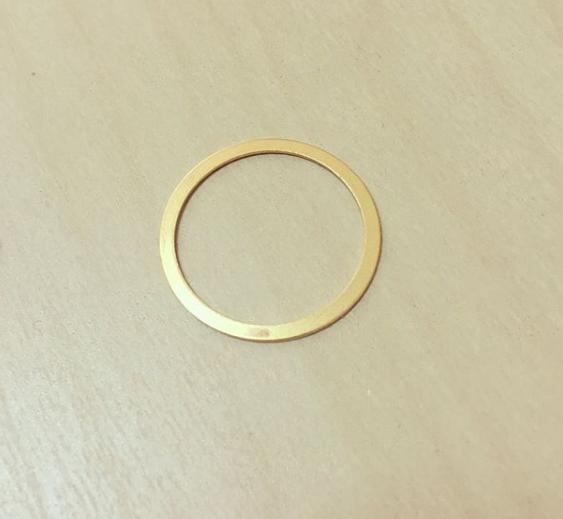 Círculo Dourado Karma Achatado