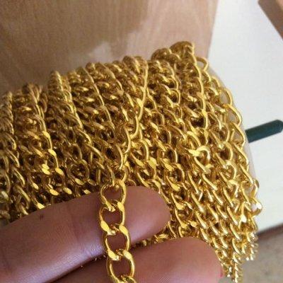 Corrente Dourada Ferro Cruzada 10mm