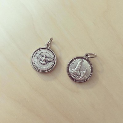 Medalha Pequena Espírito Santo e Nossa Senhora de Fátima