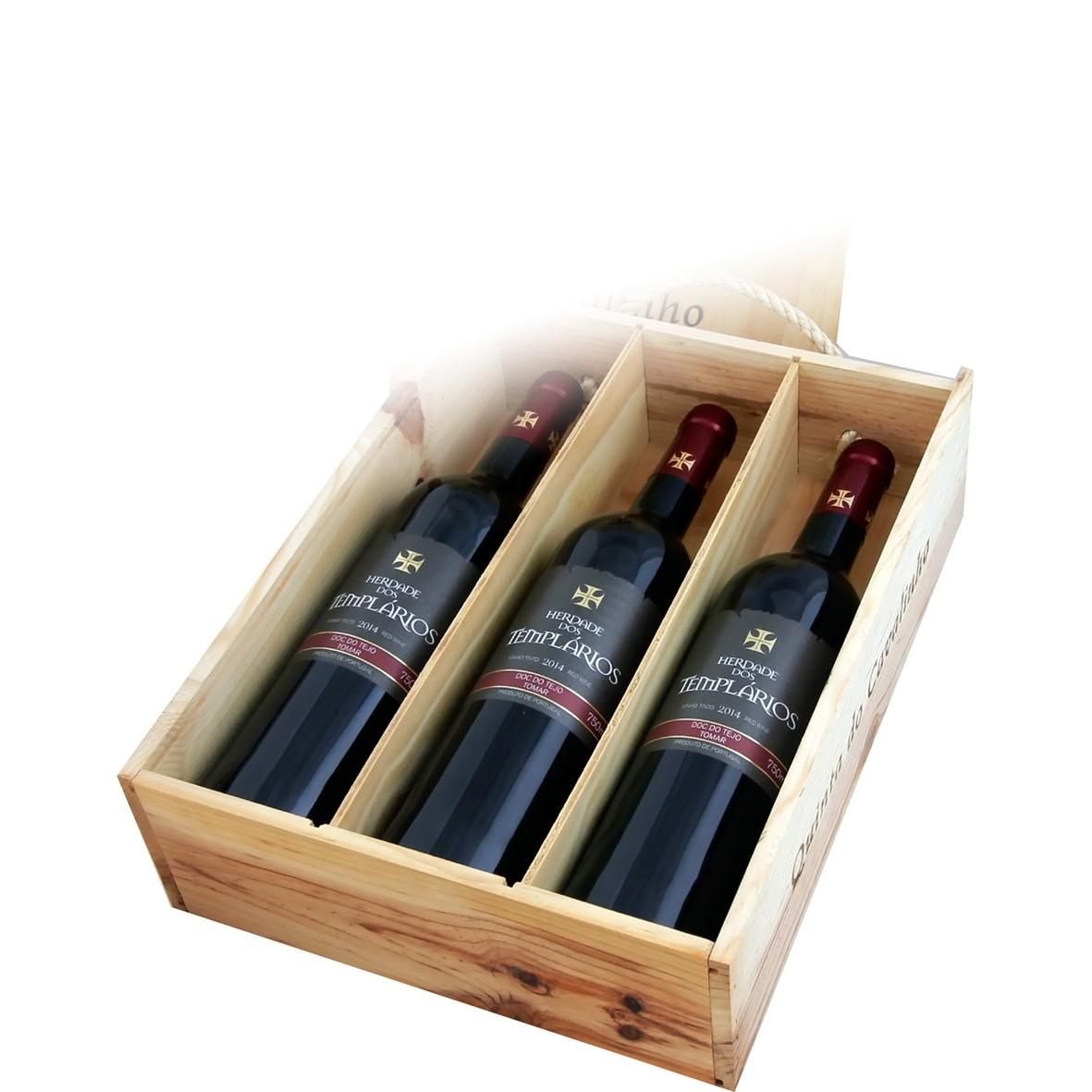 Caixa madeira em pinho com 3 vinhos