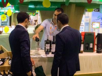 Prova de vinhos na Feira da Agricultura em Santarém
