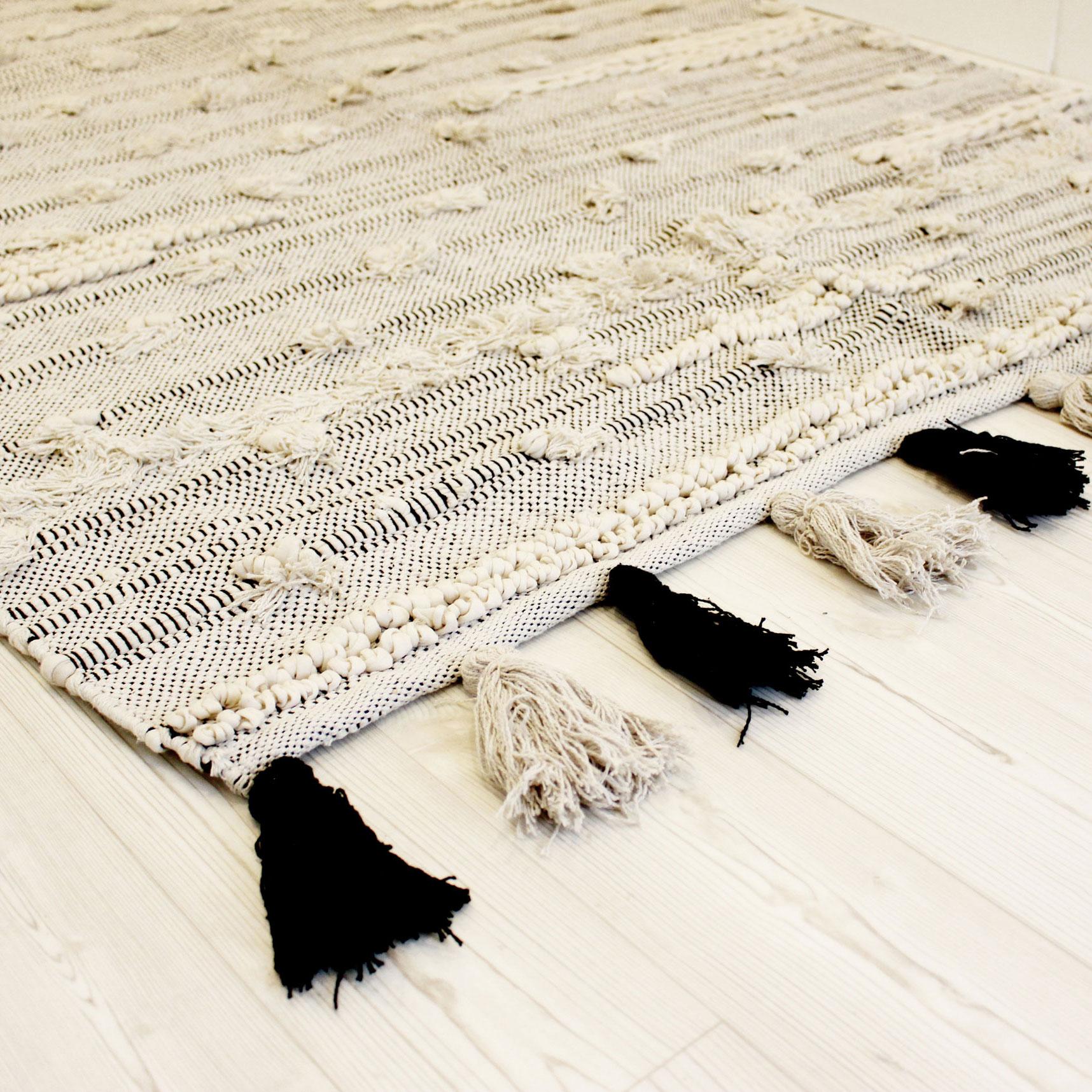Tapete c/franjas, branco/preto, 60x90 cm