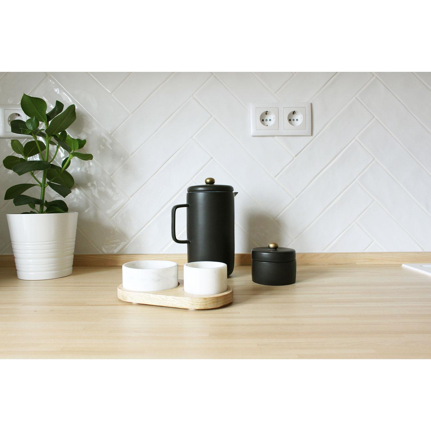 Cafeteira em porcelana