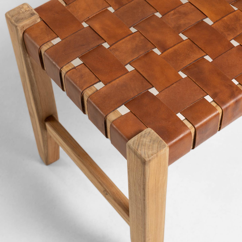 Banco de apoio Calita, madeira teca/couro natural, 47x120 cm