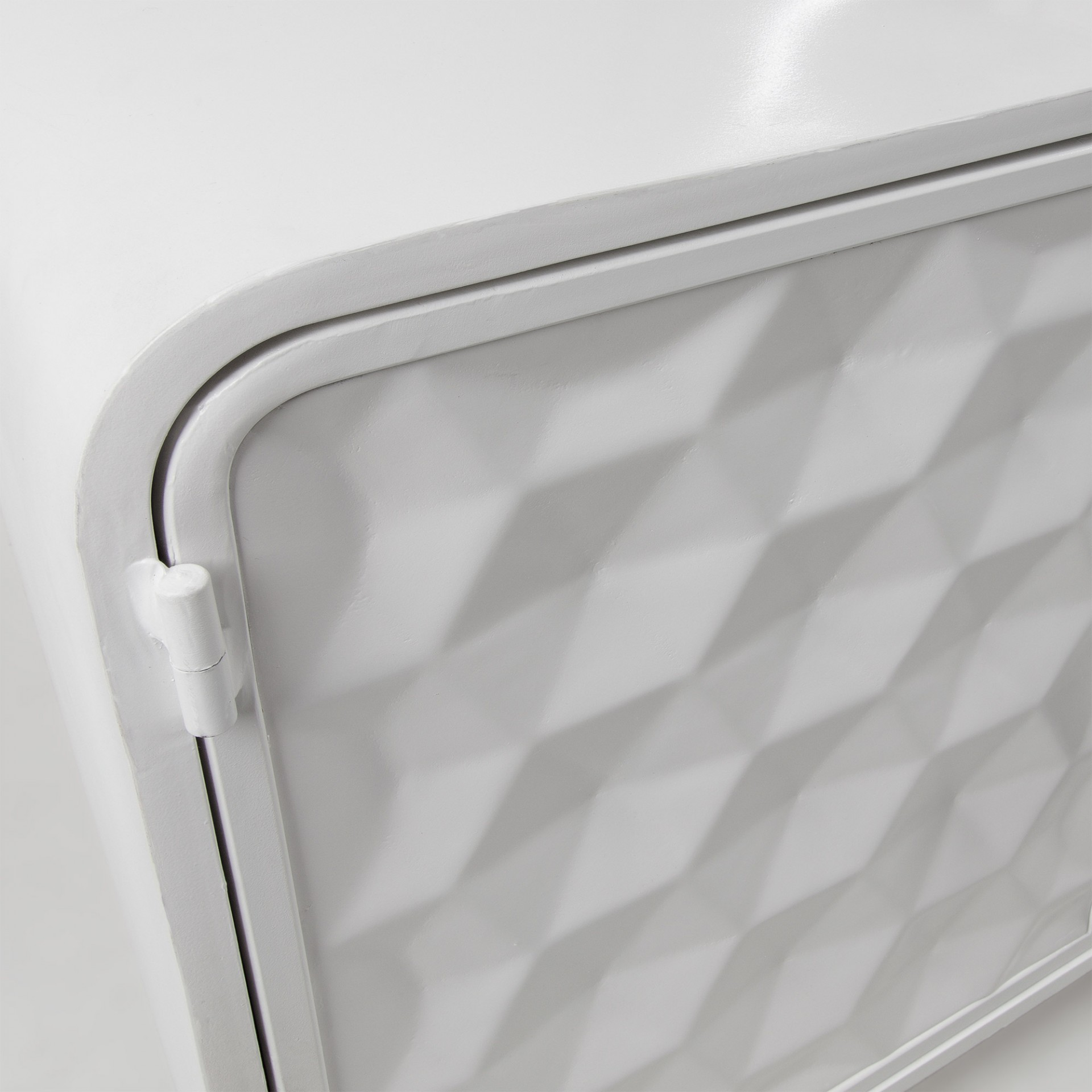 Móvel de TV em metal, 63x140 cm