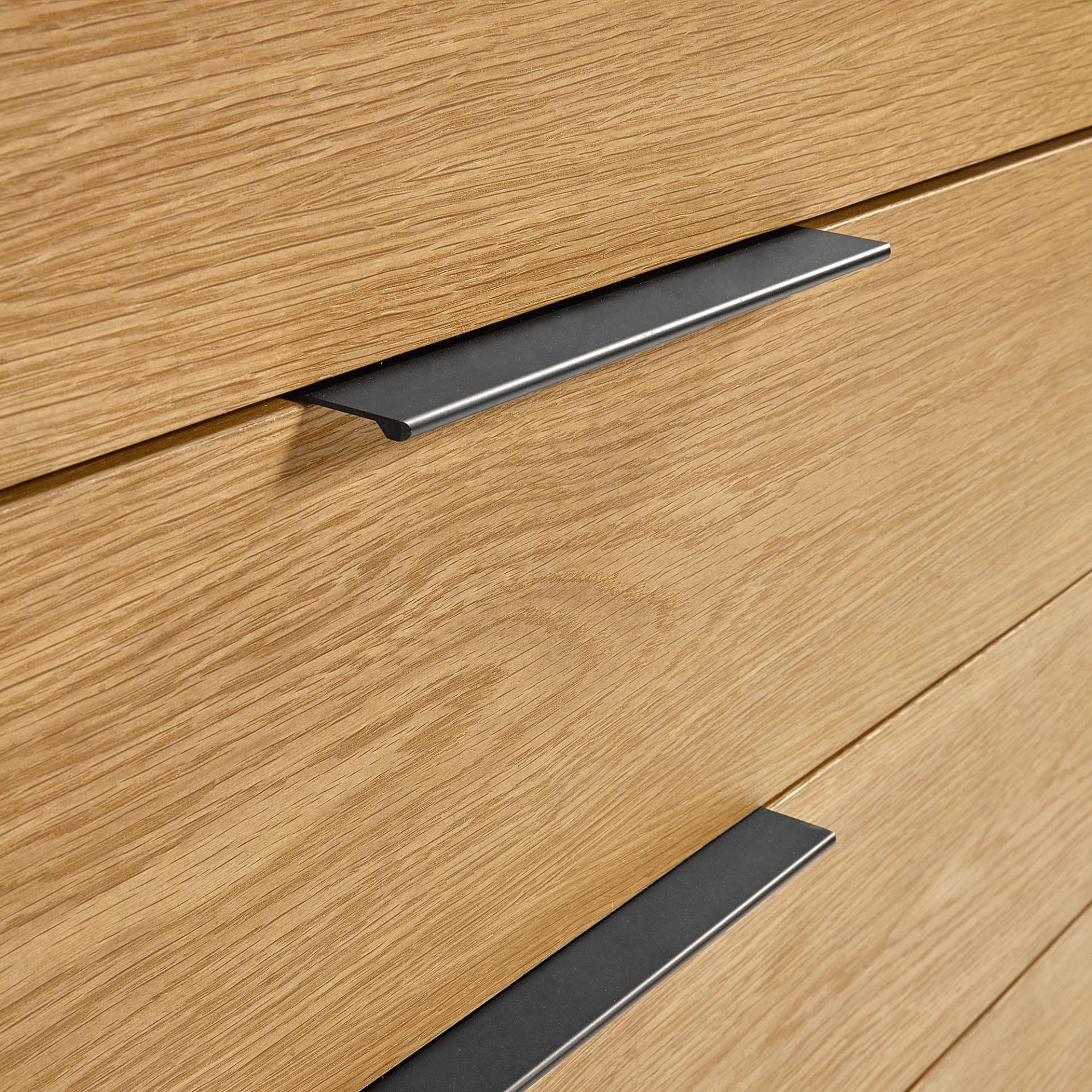 Cómoda em madeira de carvalho/MDP lacado, 90x100 cm