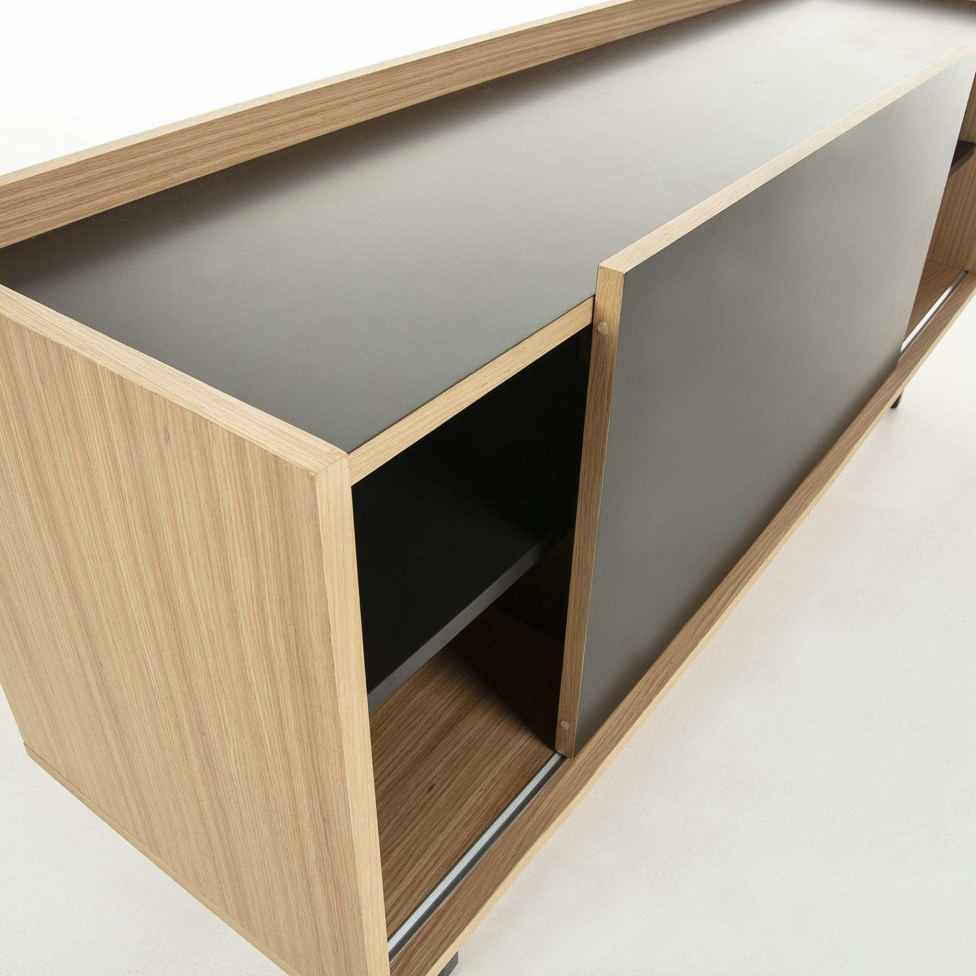 Aparador em madeira de carvalho, 70x155 cm