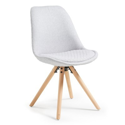 Cadeira Lars acolchoada