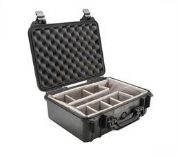 Pelicase 1550 - Caixa Média de Transporte com Espuma e Compartimentos