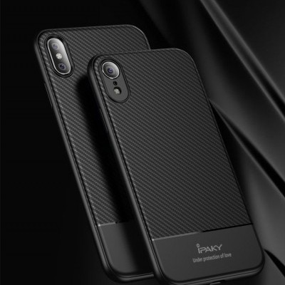 iPhone XR Capa Carbono iPaky