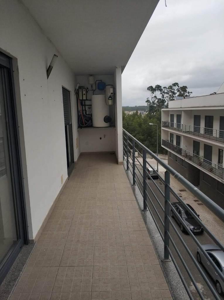 Apartamento T3 em Urb. Cova Lobo em Montemor-o-Velho