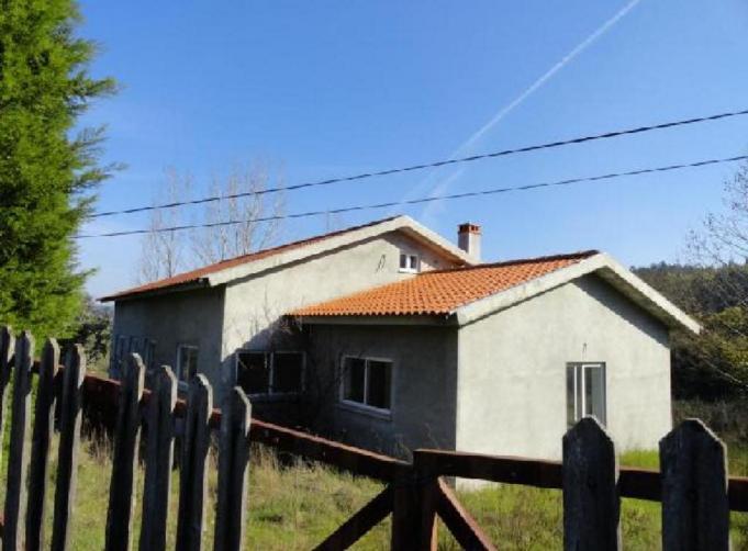 Imóvel do Banco - Moradia T3 Inacabada em Fontinha - Coja