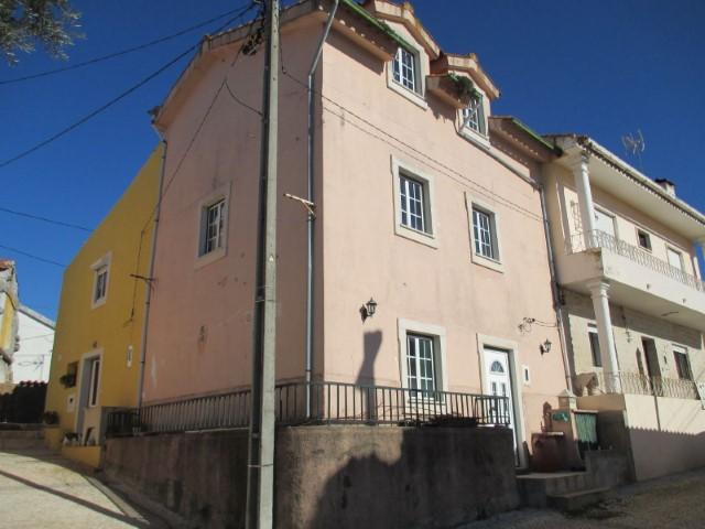 Imóvel do Banco - Moradia T3 no Sebal