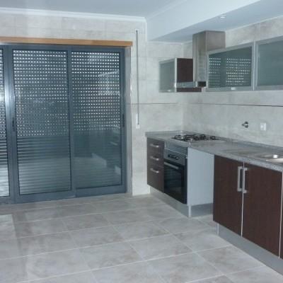 Imóvel do Banco - Apartamento T4, Novo na Curia - Anadia
