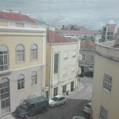 Apartamento T3 ao pé Largo Luís Camões