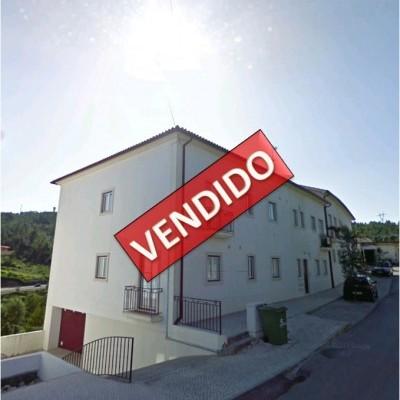Apartamento T2 c/ Garagem no Centro de Penela