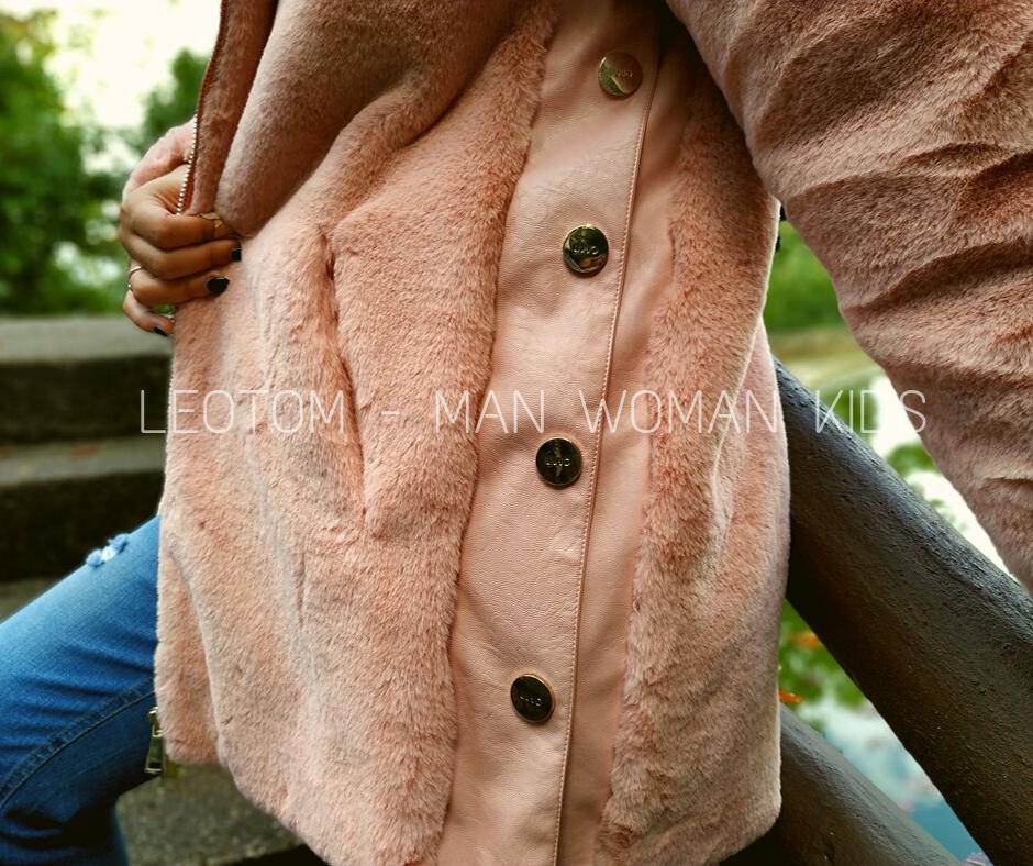 Casaco rosa de pelo com capuz feminino Liu Jo