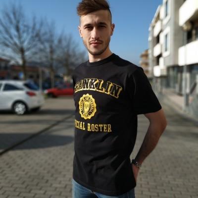 T-shirt masculina preta com letras estampadas Franklin & Marshall