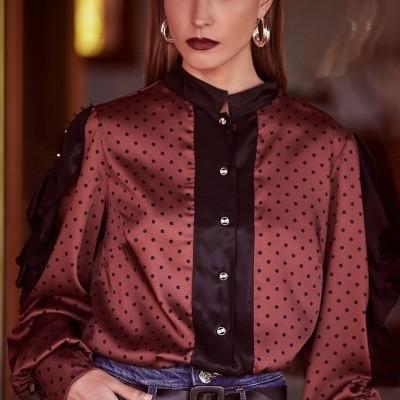 Blusa feminina padrão de bolinhas Sahoco
