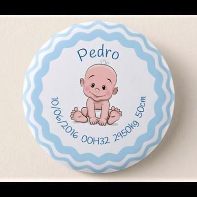 """Crachá  Personalizado """"Menino + Dados de Nascimento"""""""