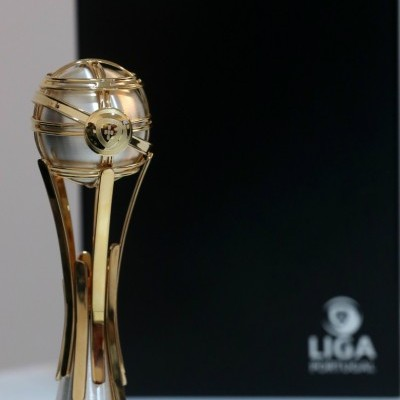 Mini-taça oficial Allianz CUP
