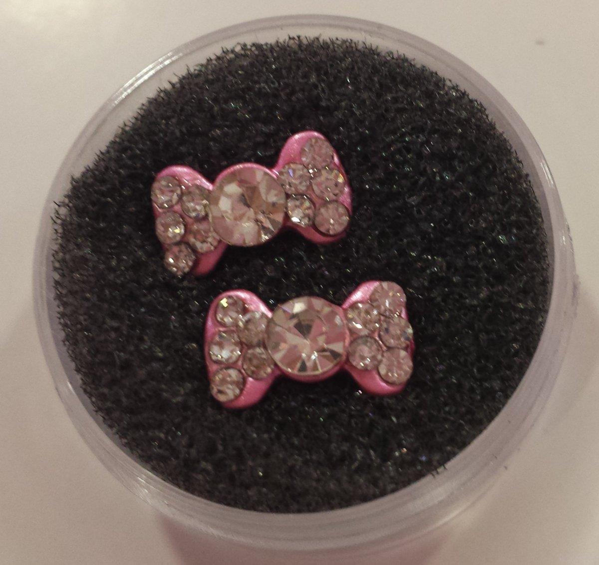 Laço 3D metal rosa com brilhante