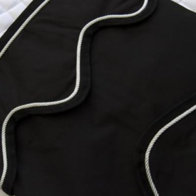 Cortina preta, Carat Selection