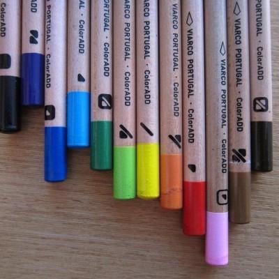 Box color pens | Caixa lápis cor