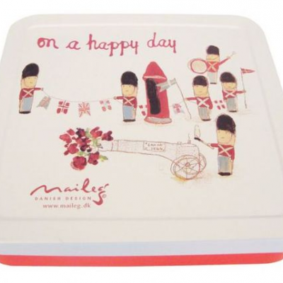 "On a Happy Day Box | Caixa com grinalda ""On a Happy Day"""