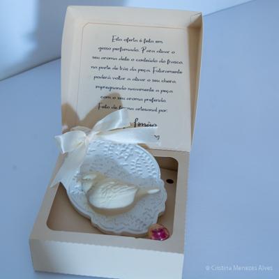 Medalha Passaro em gesso perfumado