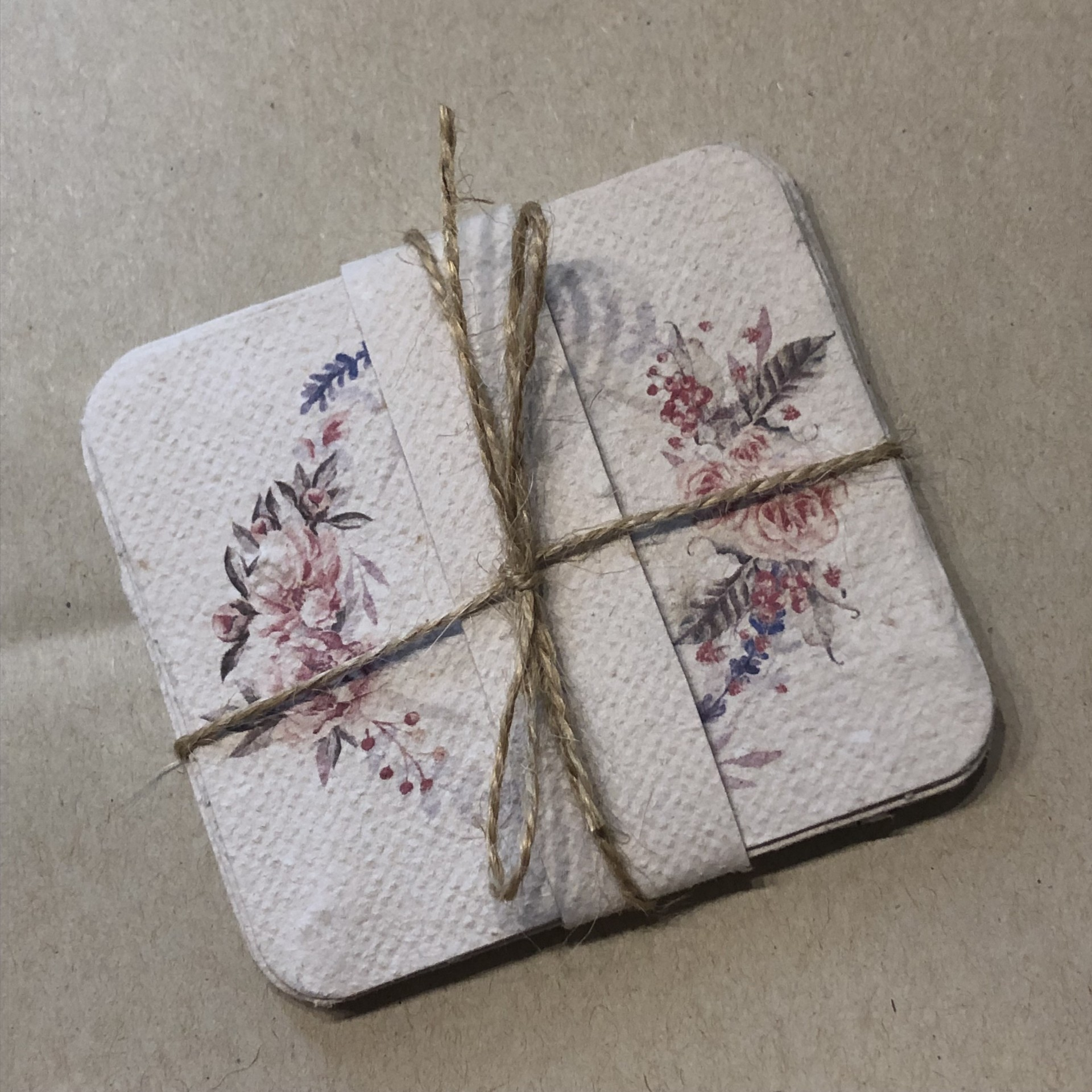 Pack 4 Cartões em papel vivo ou papel semente