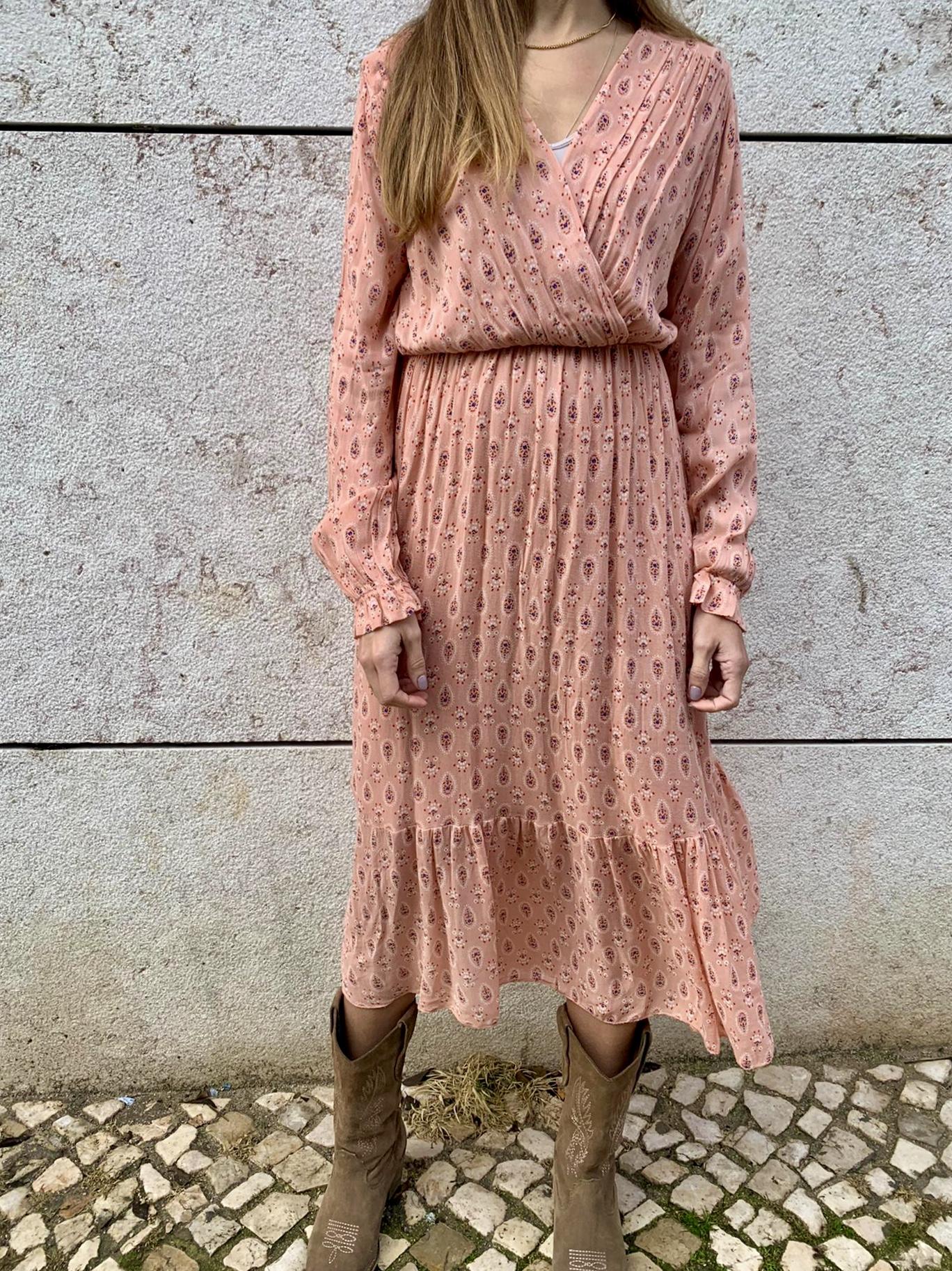 Vestido Rosa Padrão