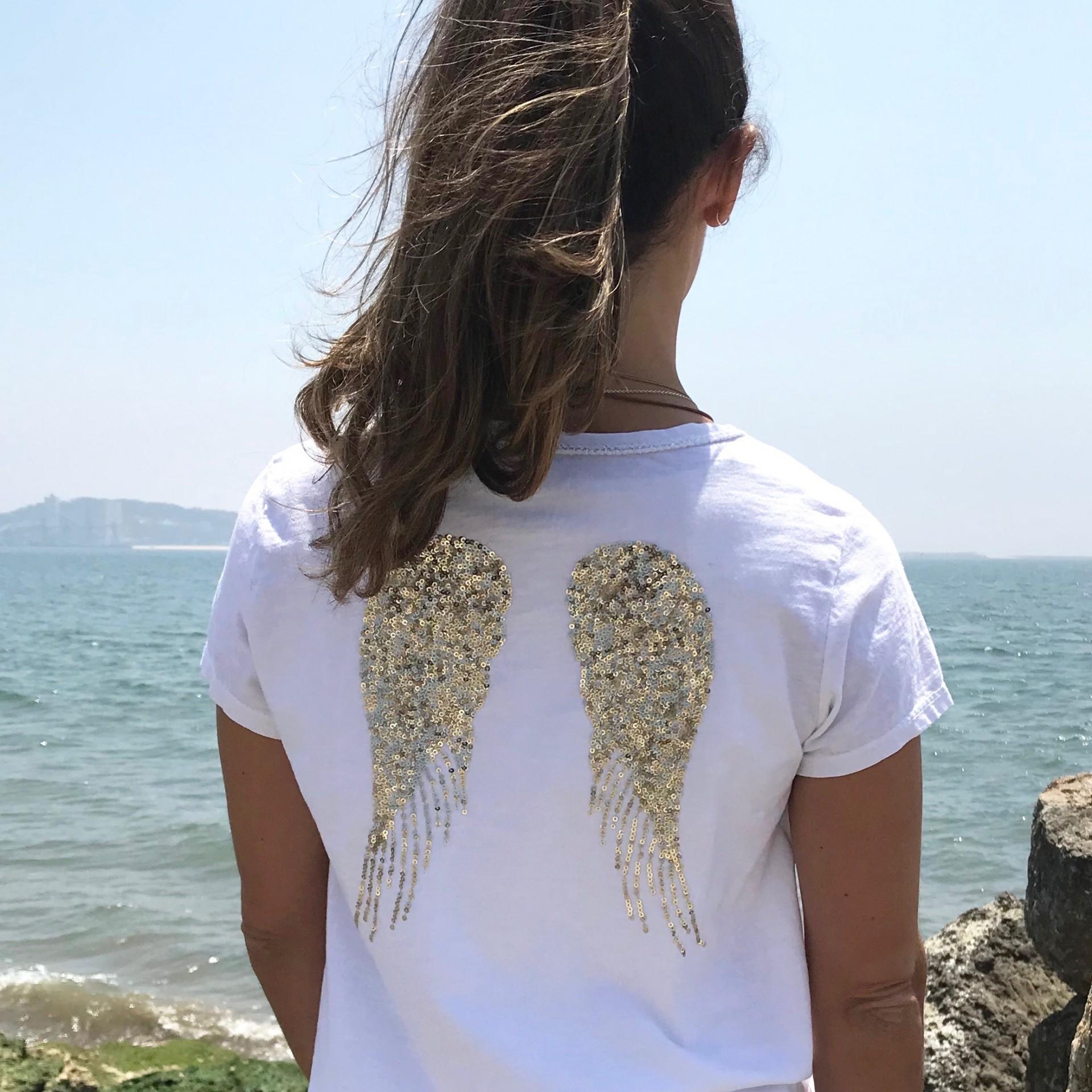 T-shirt Asas Lantejoulas Dourada