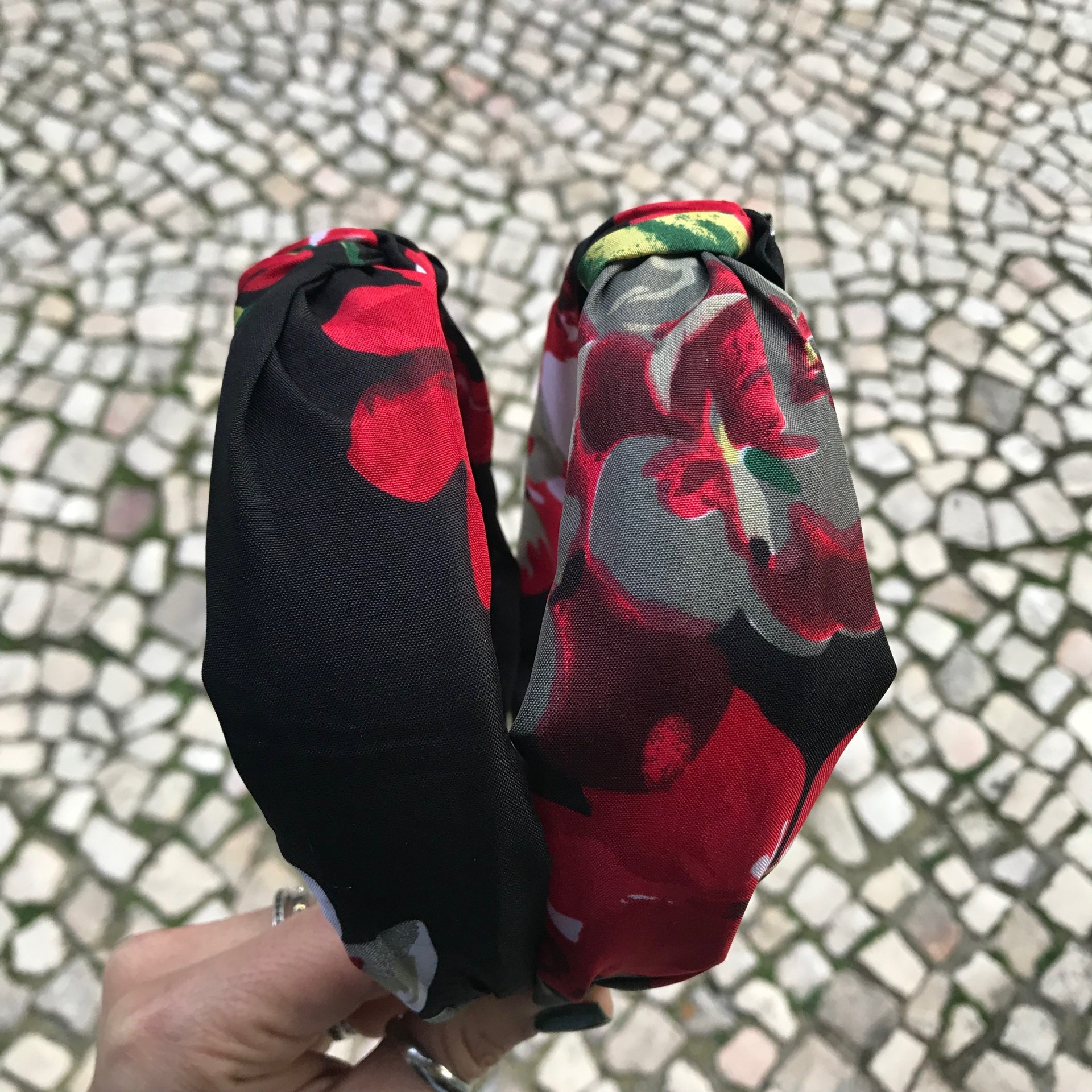 Bandolete Tecido Flores   Preto