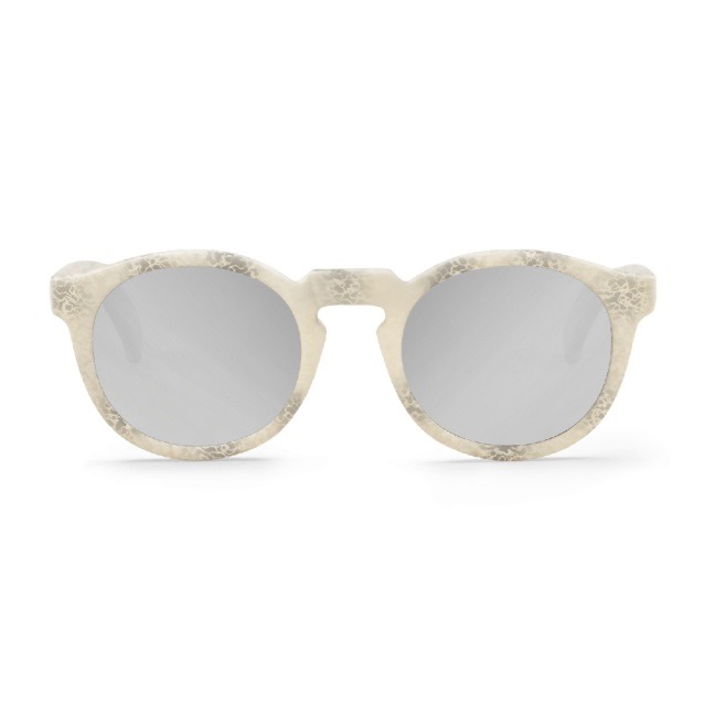 CONCRETE JORDAAN WITH SILVER LENSES
