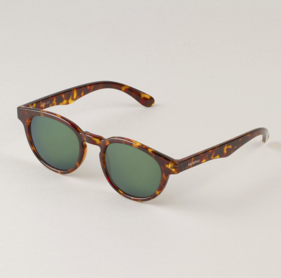Cheetah Tortoise Trastevere with dark green lenses