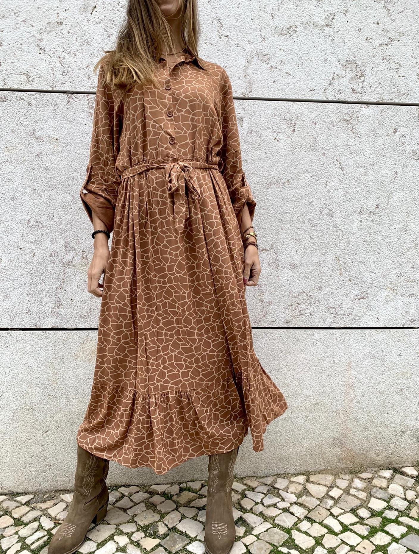 Vestido Comprido Com botões I Camel