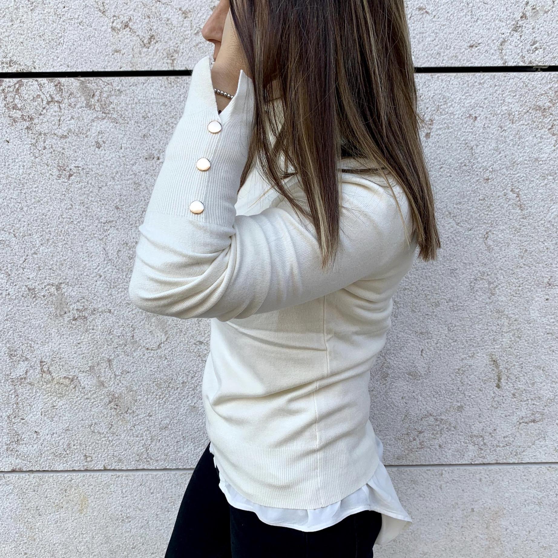 Camisola de Gola Alta Botões nos Punhos | Branco