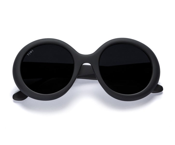LISSA | RUBBER TOTAL BLACK WITH SMOKE LENSES