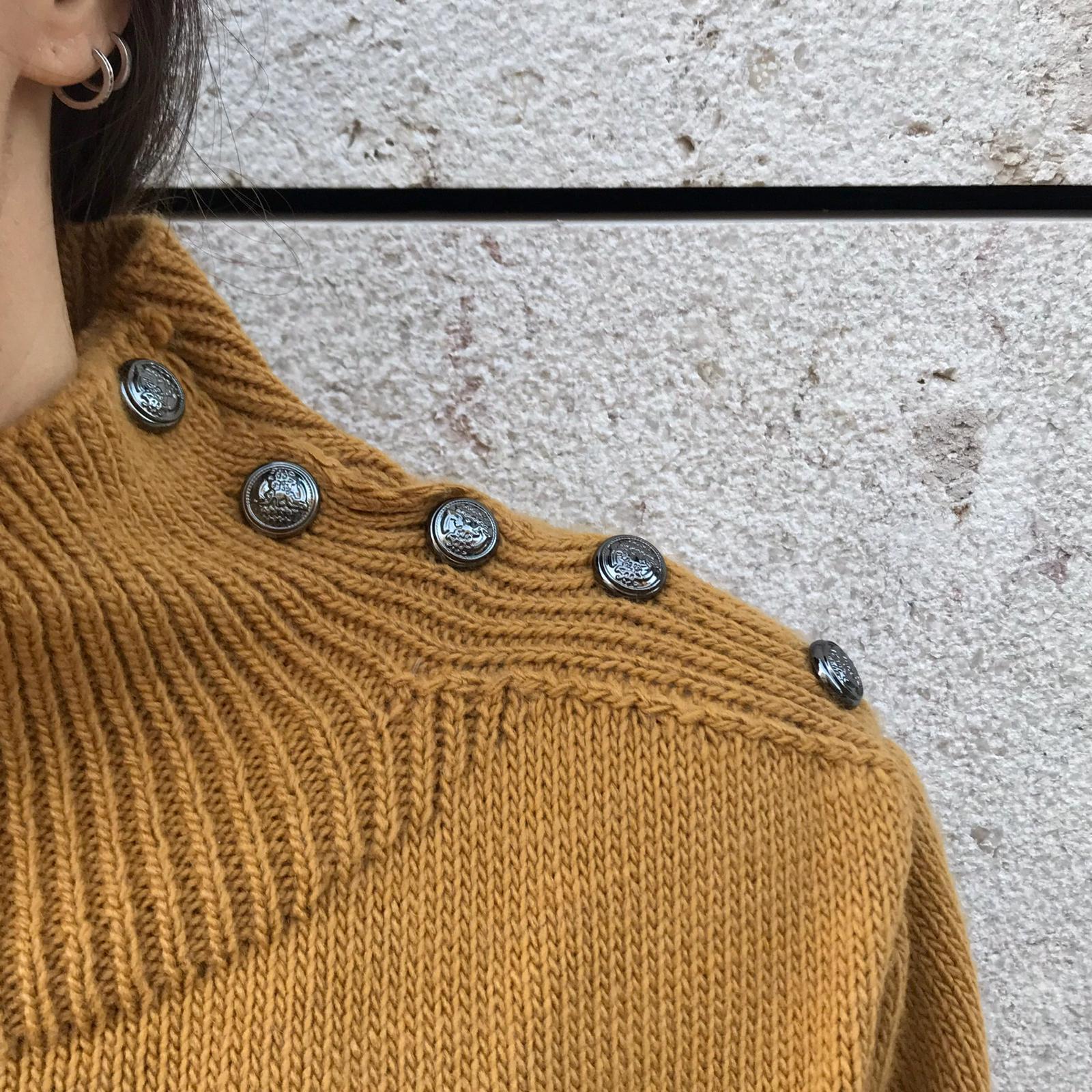 Camisola Botões Ombro | Mostarda