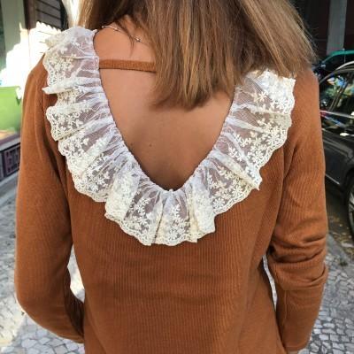 Camisola Renda Costas | Ruga | Caramelo
