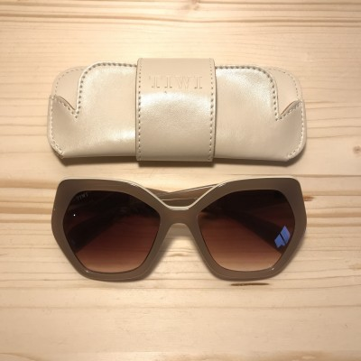 CHARON | SHINY COCONUT WITH BROWN GRADIENT LENSES