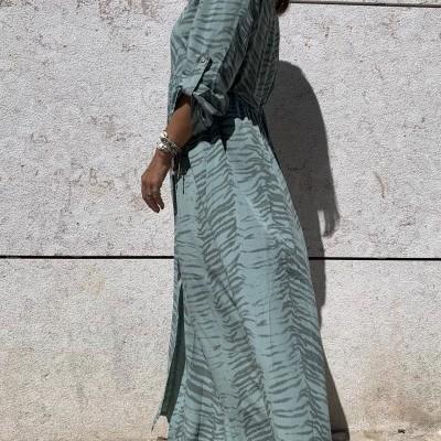 Vestido Comprido com Padrão Castanho