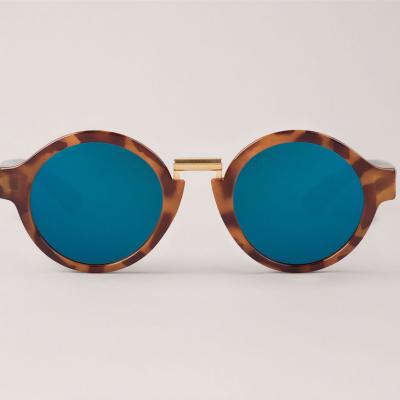 Leo Tortoise Hackney  with dark blue lenses