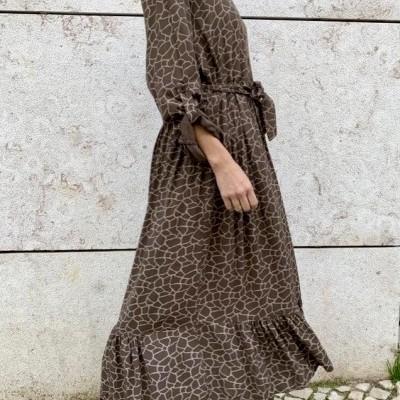 Vestido Comprido Com botões I Castanho