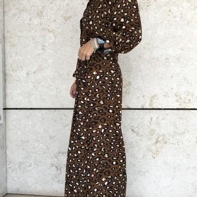 Vestido Leopardo Colorido   Fundo Castanho