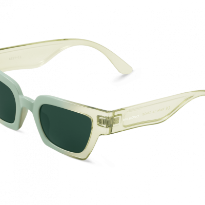 CELADON FRELARD with classical lenses